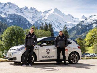 Startschuss für 20.000 Kilometer-Marathonfahrt mit dem VW ID.3